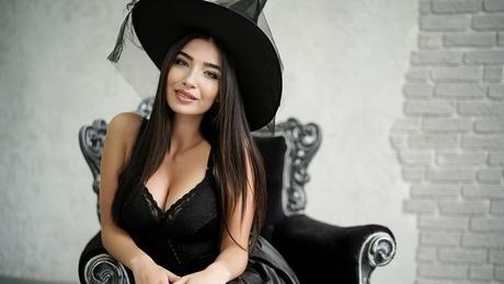 Eugeniya  21 jahre - begehrenswerte Frau. My mitte primäre foto.