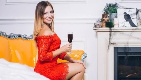 Yulichka von Lutsk 30 jahre - sorgsame Frau. My mitte primäre foto.