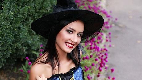 Natalia von Sumy 23 jahre - Musikschwärmer Mädchen. My mitte primäre foto.