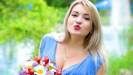 Alyona von Zaporozhye 22 jahre - herzenswarme Frau. My mitte primäre foto.