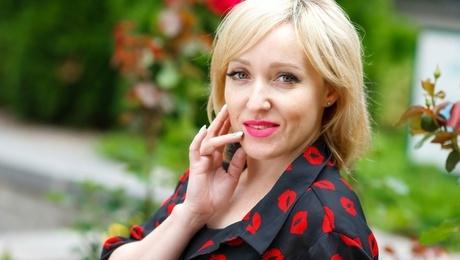 Tanya von Kremenchug 40 jahre - auf einem Sommer-Ausflug. My mitte primäre foto.