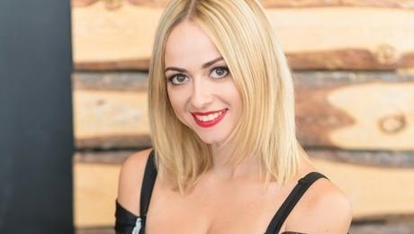 Svetulya  32 jahre - schöne Frau. My mitte primäre foto.