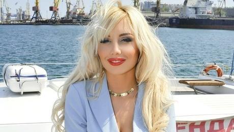 Olechka von Odessa 27 jahre - heiße Lady. My mitte primäre foto.