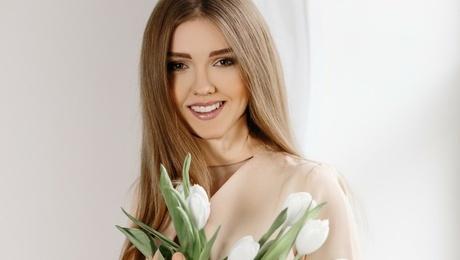 Tanya von Ivanofrankovsk 21 jahre - sie lächelt dich an. My mitte primäre foto.