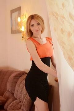 Lily von Kharkov 33 jahre - glückliche Frau. My mitte primäre foto.