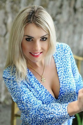 Natalie von Rovno 30 jahre - Lieblingskleid. My wenig primäre foto.