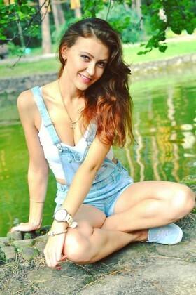 Tasya von Cherkasy 25 jahre - sorgsame Frau. My wenig primäre foto.