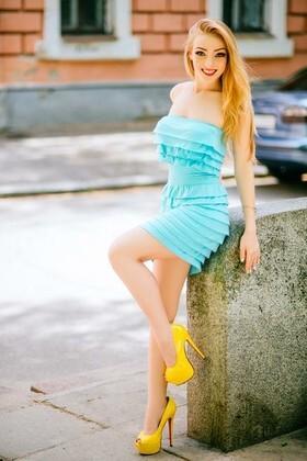 Anastasia von Poltava 20 jahre - single russische Frauen. My wenig primäre foto.