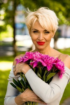 Margarita von Poltava 48 jahre - Liebling suchen. My mitte primäre foto.