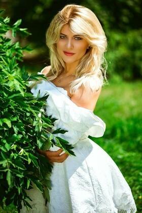 Lesya von Kiev 27 jahre - aufmerksame Frau. My wenig primäre foto.