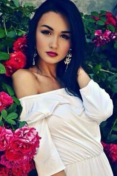 Yana von Cherkasy 18 jahre - liebende Frau. My mitte primäre foto.