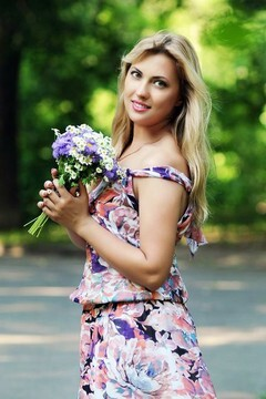 Tatiana von Rovno 34 jahre - unabhängige Frau. My mitte primäre foto.