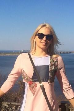 Elena von Cherkasy 43 jahre - sorgsame Frau. My mitte primäre foto.