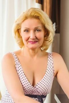 Galya von Ivanofrankovsk 59 jahre - aufmerksame Frau. My mitte primäre foto.