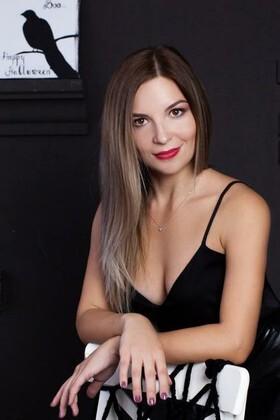 Yulichka von Lutsk 30 jahre - gutherzige russische Frau. My wenig primäre foto.