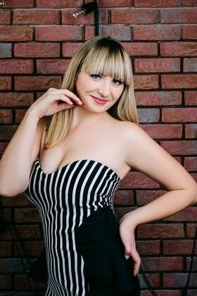 Alyona von Cherkasy 29 jahre - zukünftige Ehefrau. My wenig primäre foto.