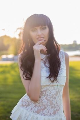 Juliya von Dnipro 34 jahre - nette Braut. My wenig primäre foto.