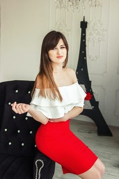 Elena from Kharkov 27 years - attractive lady. My small primary photo.