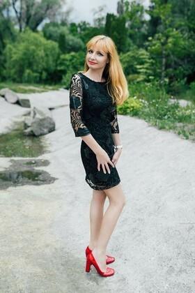 Irinka von Cherkasy 32 jahre - sonnigen Tag. My wenig primäre foto.
