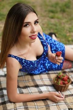 Marina  19 jahre - schöne Frau. My mitte primäre foto.