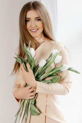 Tanya von Ivanofrankovsk 21 jahre - hübsche Frau. My wenig primäre foto.