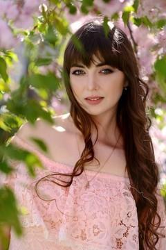 Tania von Rovno 28 jahre - eine Braut suchen. My mitte primäre foto.