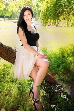 Nadya von Zaporozhye 37 jahre - Frau für Dating. My mitte primäre foto.
