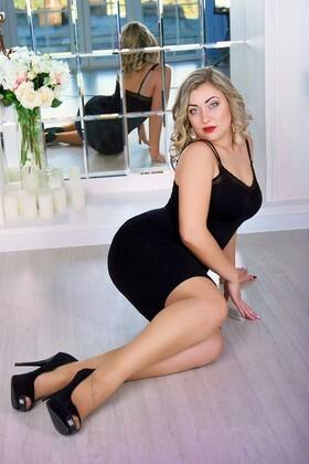 Marinka von Zaporozhye 26 jahre - Frau für Dating. My wenig primäre foto.