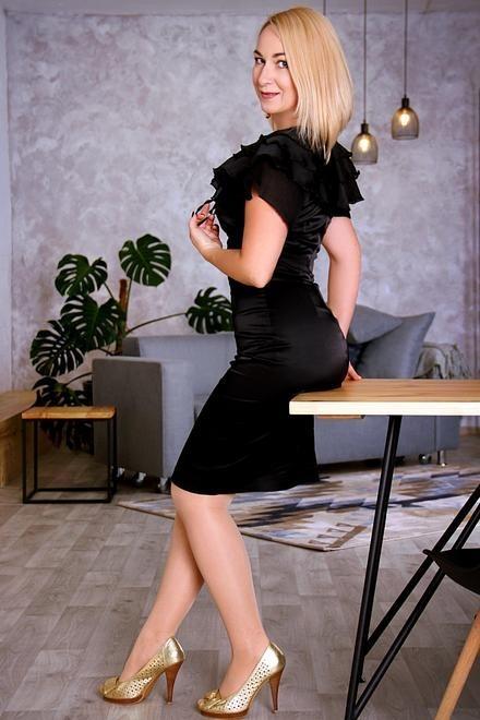 Tetiana von Zaporozhye 44 jahre - sorgsame Frau. My wenig primäre foto.