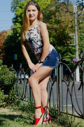 Hanna von Cherkasy 28 jahre - Liebe suchen und finden. My wenig primäre foto.