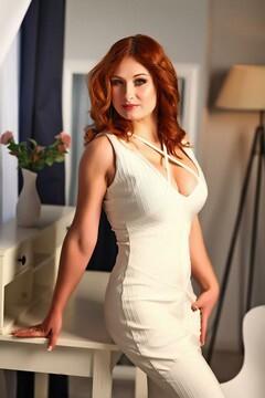 Viktoriia von Kiev 34 jahre - Handlanger. My mitte primäre foto.