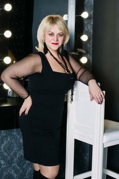 Alena von Cherkasy 45 jahre - single Frau. My mitte primäre foto.