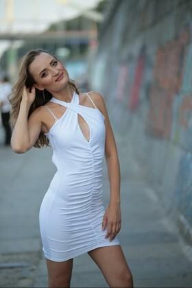 Nadya von Kiev 31 jahre - Ehefrau für dich. My wenig primäre foto.