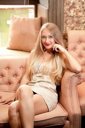 Lena von Sumy 31 jahre - Lebenspartner sucht. My wenig primäre foto.