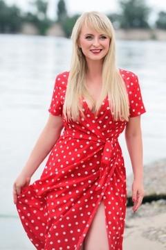 Irina von Cherkasy 35 jahre - reizende Frau. My mitte primäre foto.