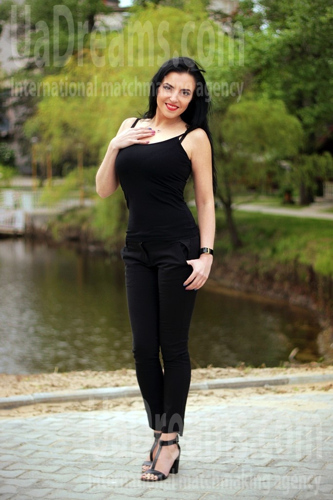 Olga from Zaporozhye 35 years - looking for relationship. My small public photo.