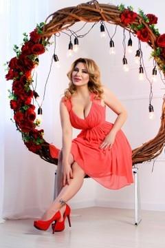Tanya von Zaporozhye 38 jahre - beeindruckendes Aussehen. My mitte primäre foto.
