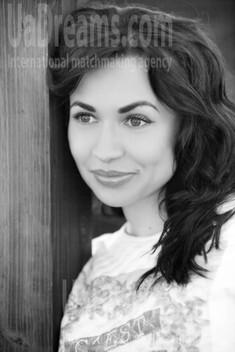 Yulya von Kremenchug 30 jahre - Musikschwärmer Mädchen. My wenig öffentliches foto.