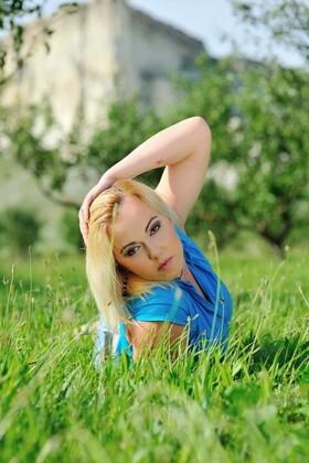 Sasha von Simferopol 30 jahre - begehrenswerte Frau. My wenig primäre foto.