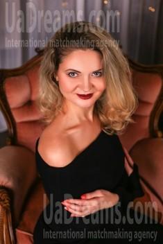 Marina von Zaporozhye 39 jahre - herzenswarme Frau. My wenig öffentliches foto.