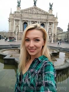 Daria von Kiev 30 jahre - Morgen frische. My wenig öffentliches foto.