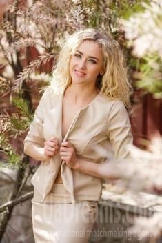 Karina von Kremenchug 32 jahre - Freude und Glück. My wenig öffentliches foto.