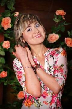 Evgeniya from Zaporozhye 28 years - desirable woman. My small primary photo.