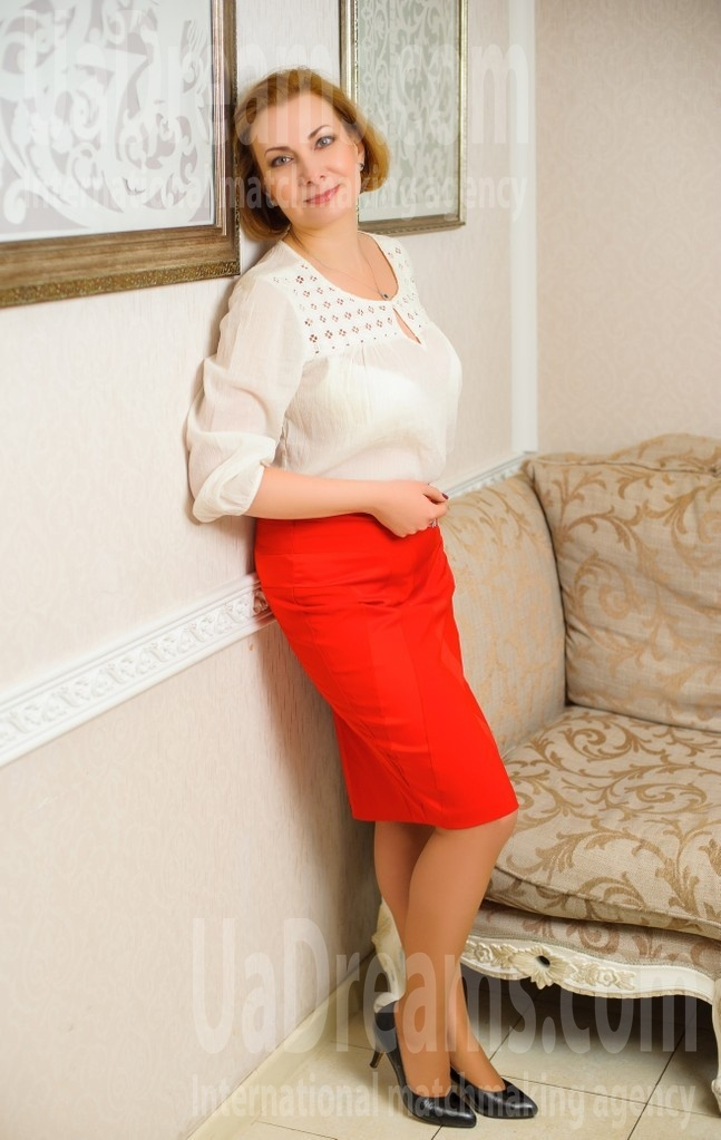 Olya from Ivanofrankovsk 44 years - carring woman. My small public photo.
