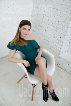 Vicky from Zaporozhye 34 years - searching life partner. My small public photo.
