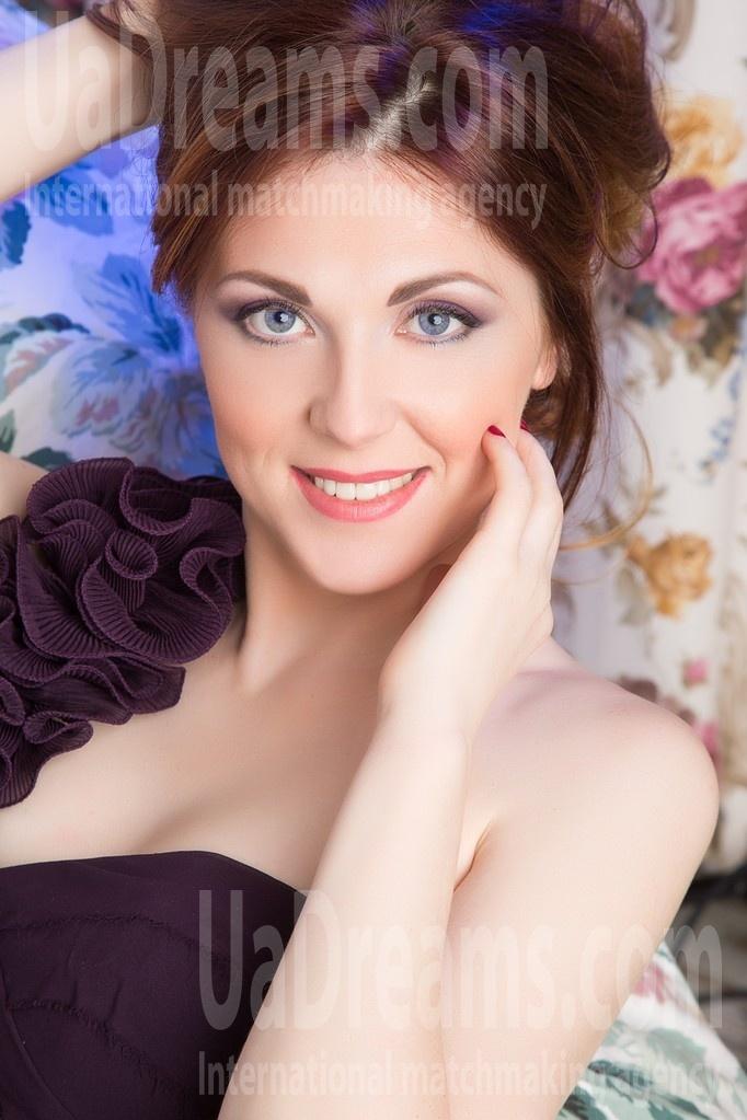 Natasha from Lutsk 32 years - intelligent lady. My small public photo.