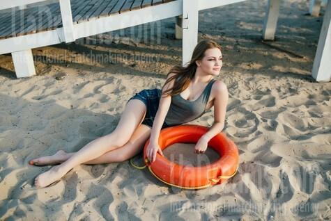 Liza von Cherkasy 21 jahre - sonnigen Tag. My wenig öffentliches foto.
