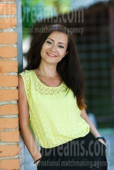 Irina from Kremenchug 29 years - wants to be loved. My small public photo.