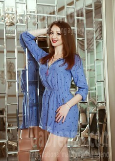 Marina von Kiev 27 jahre - Musikschwärmer Mädchen. My wenig öffentliches foto.