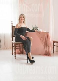 Svetlana von Dnipro 46 jahre - Lieblingskleid. My wenig öffentliches foto.